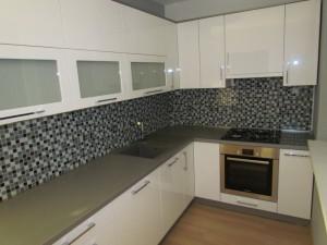 kuchyne 83